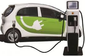 Mobil Listrik vs Mobil BBM